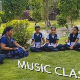 music and dance at DAV School
